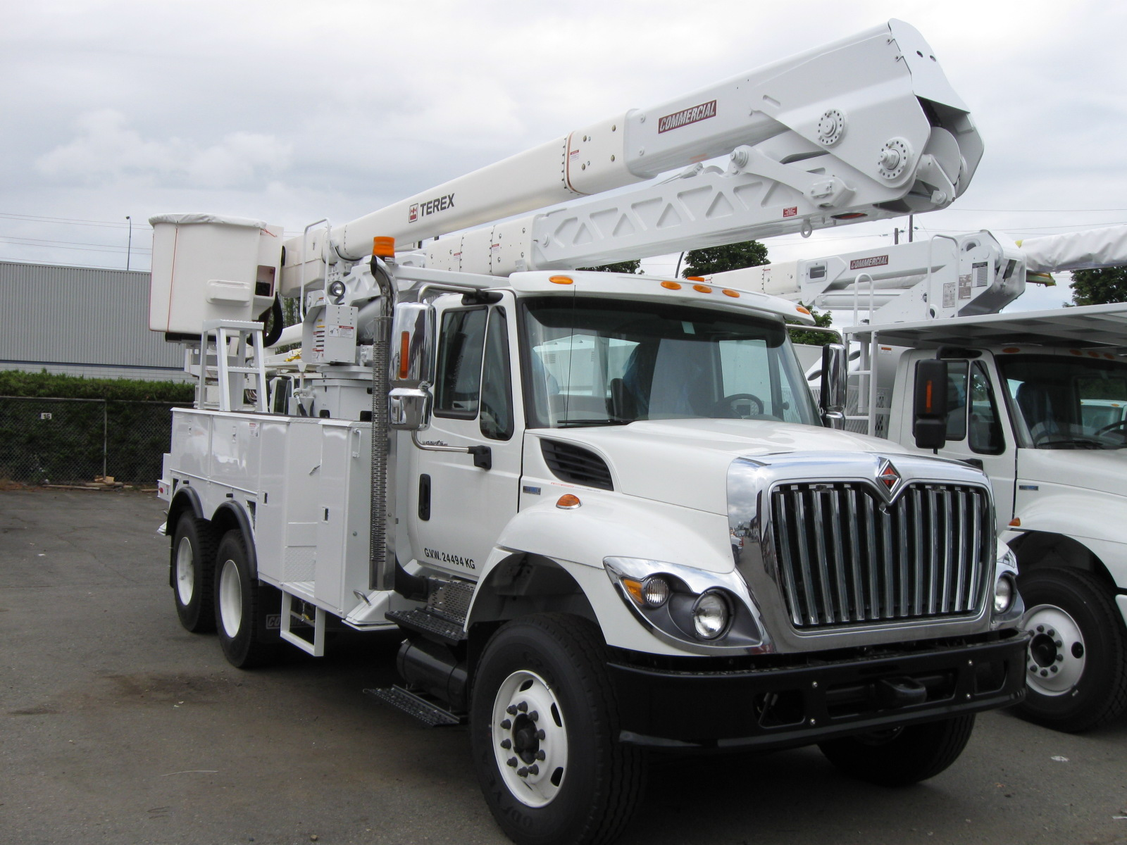 Boom Lift Truck : Aerial lifts for trucks commercial truck equipment