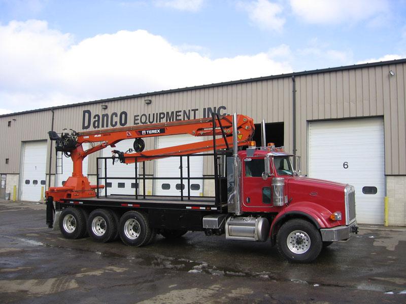 Articulating Boom Truck : Articulating truck cranes knuckle boom crane equipment sales
