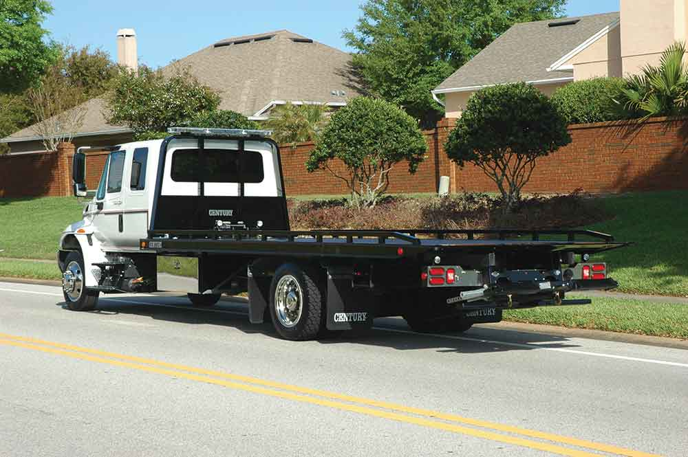 Tractor Trailer Towing Equipment : Towing recovery vehicle equipment commercial truck