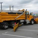 Snow shovel for trucks