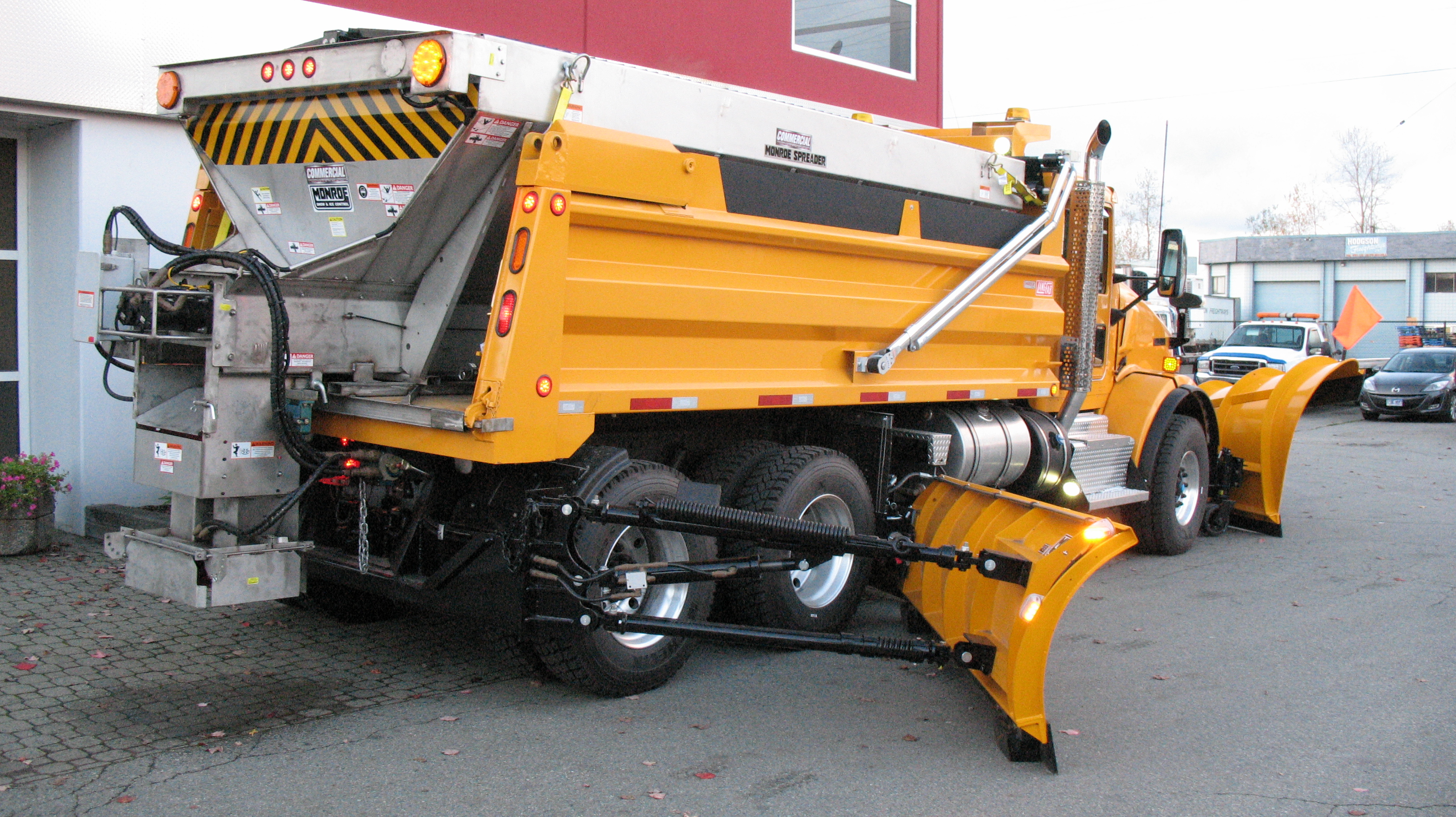 Monroe Truck Equipment >> Snow Plows and Salt Spreaders for Trucks | Commercial Truck Equipment