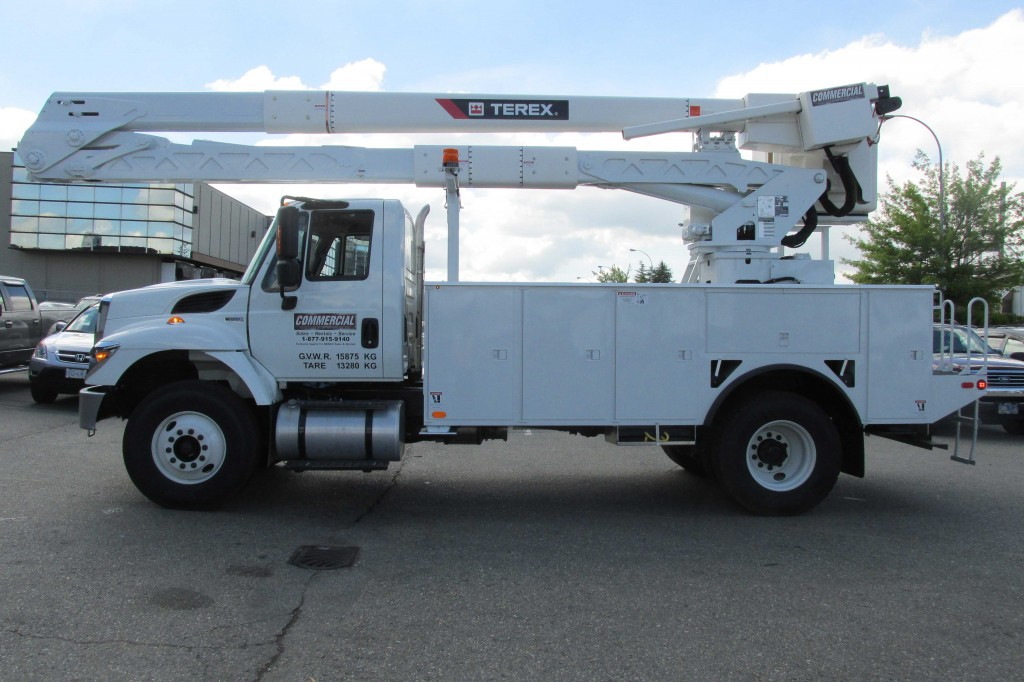 Terex Hi-Ranger HRX55 Aerial on International 7400