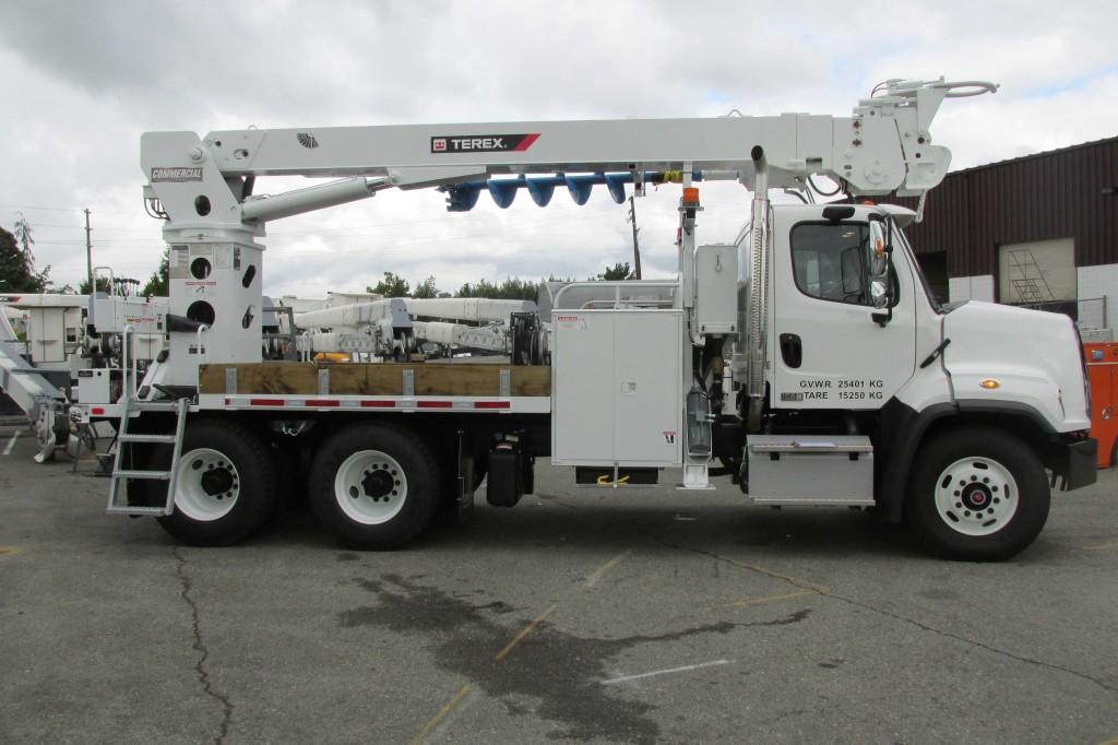 Terex C5052 Digger Derrick on Freightliner 108SD