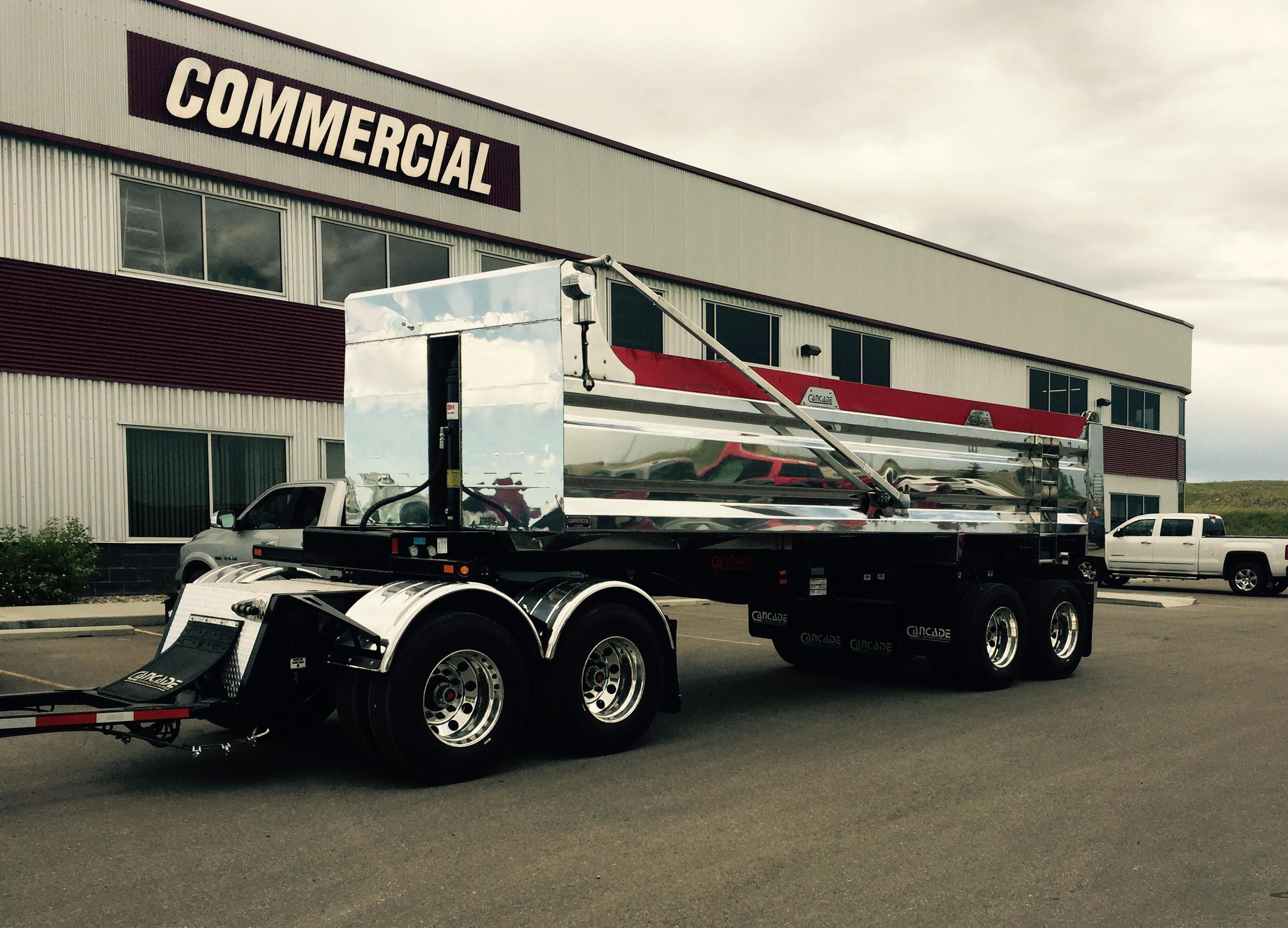 Cancade trailer 25'