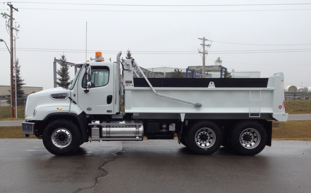 Bibeau 16′ MHD on Freightliner 114SD