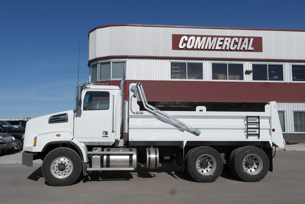 Renn 15′ HSSL Gravel Box on Western Star 4700 SB