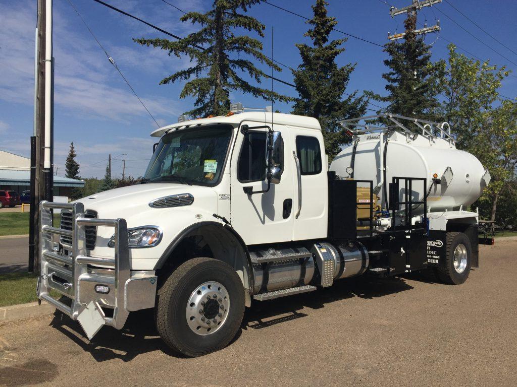 Pressure Testing Unit on Freightliner M2 106