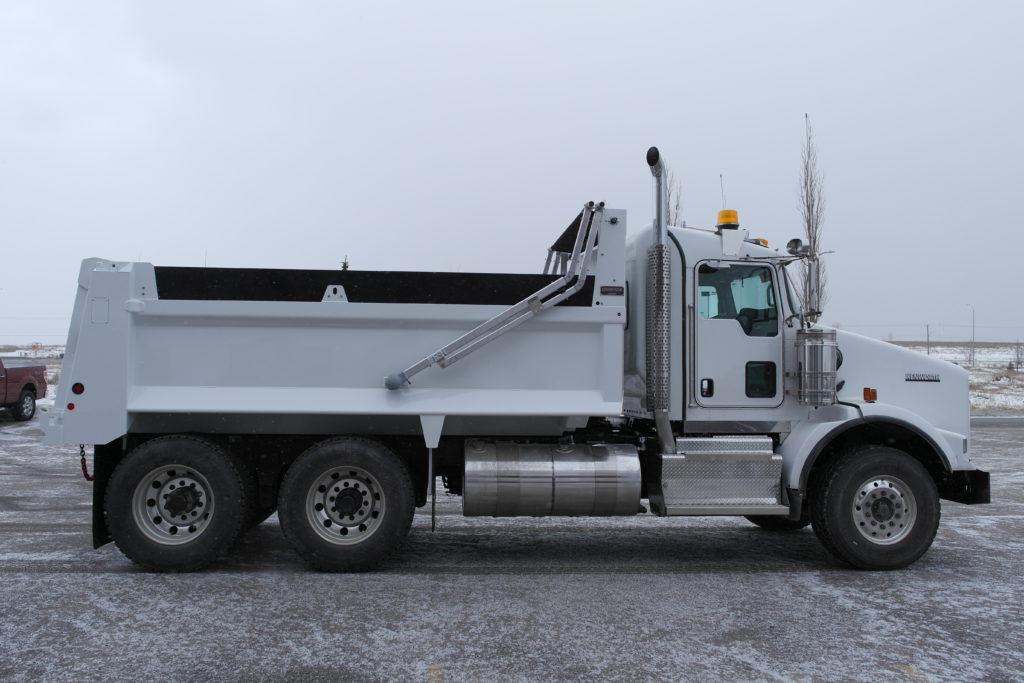 Bibeau BFL-1503648 Gravel Box on Kenworth T800