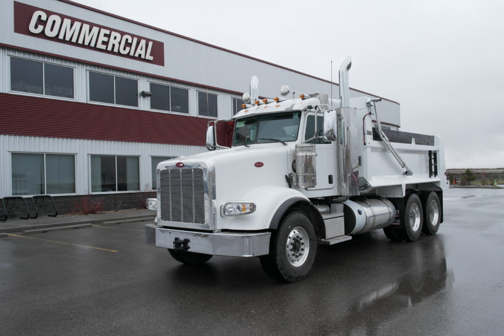 Bibeau 15′ HSSL Gravel Box on Peterbilt 367
