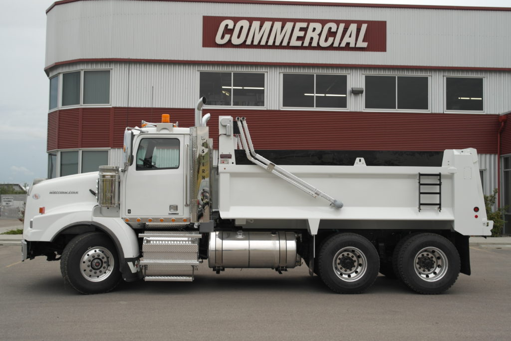 Bibeau 15′ Gravel Box on Western Star 4900 SB