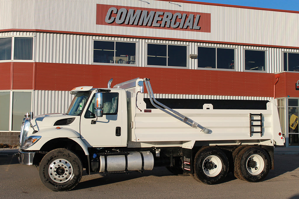 Renn 15′ HSSL Gravel Box on International 7400