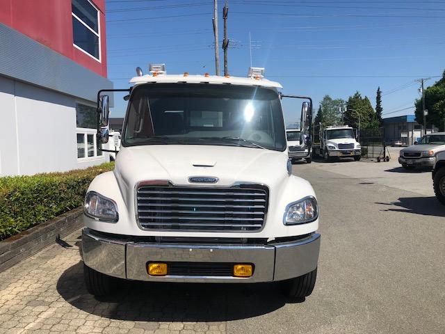 Century 22′ 12 Series Carrier on Freightliner