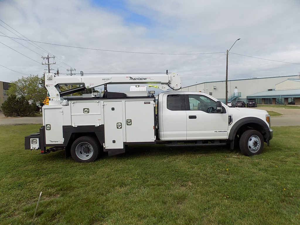132″ Maintainer Service Body on Ford F550 Super Cab