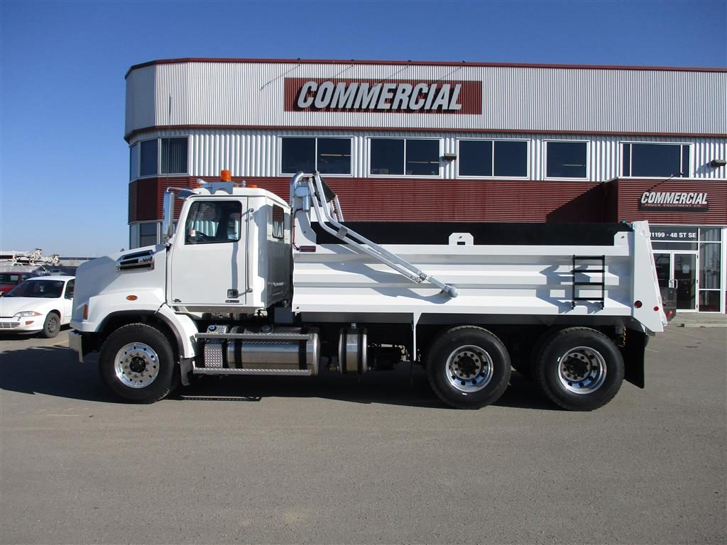 Renn 15′ HSSL Gravel Box on Western Star 4700