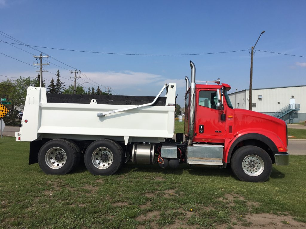 Bibeau BFL-S1503654 Gravel Box on International HX620