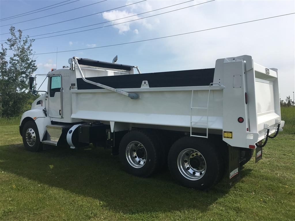 Bibeau 15′ MHD Gravel Box on Kenworth T370