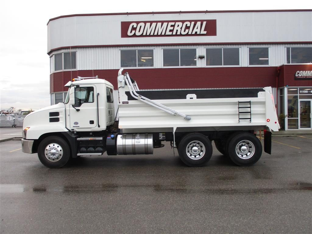 Renn 16′ HSSL Gravel Box on Mack Anthem 64R