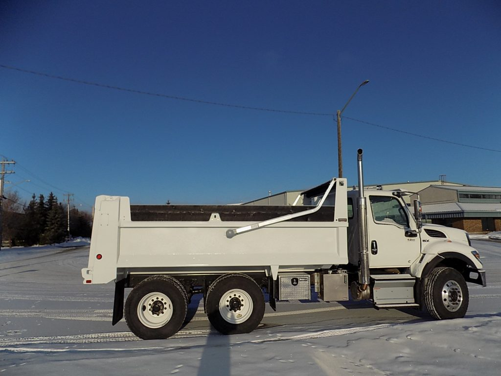 Bibeau MHD1503048 Gravel Box on International HV 370