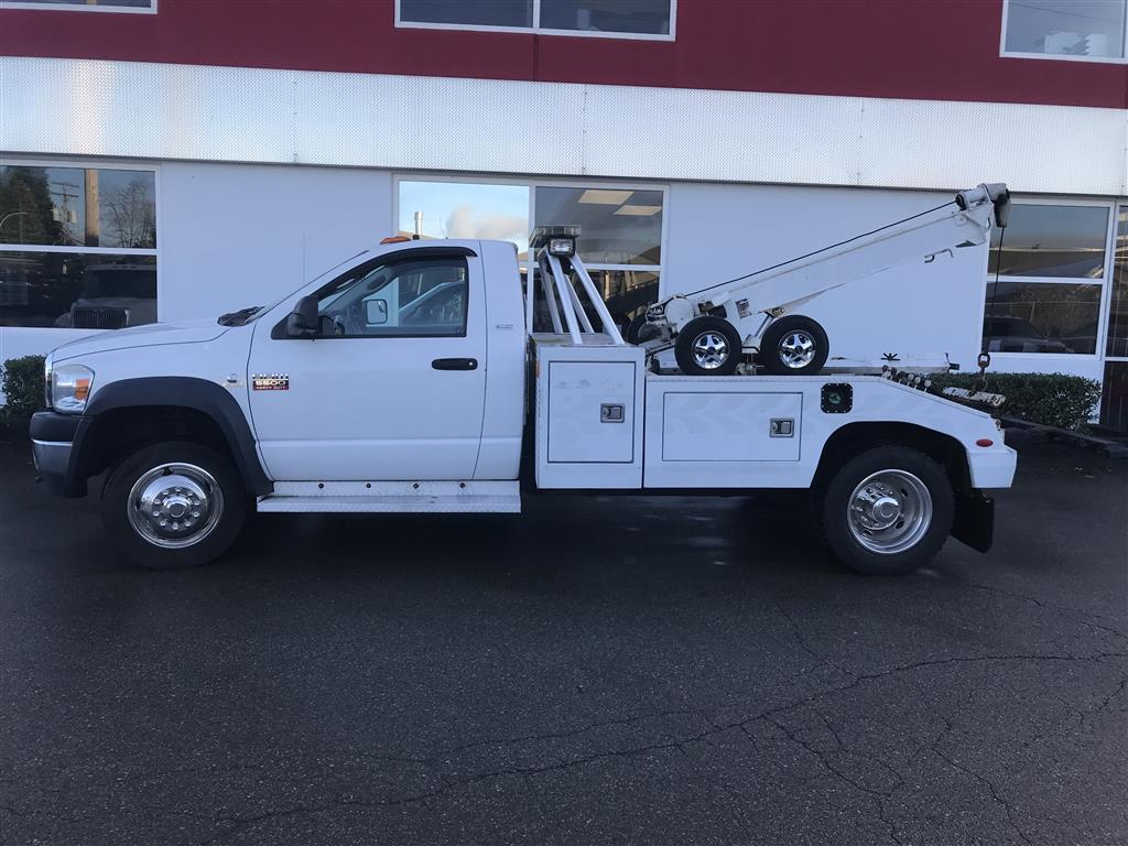 Century 411 Wrecker on 2008 Dodge 5500