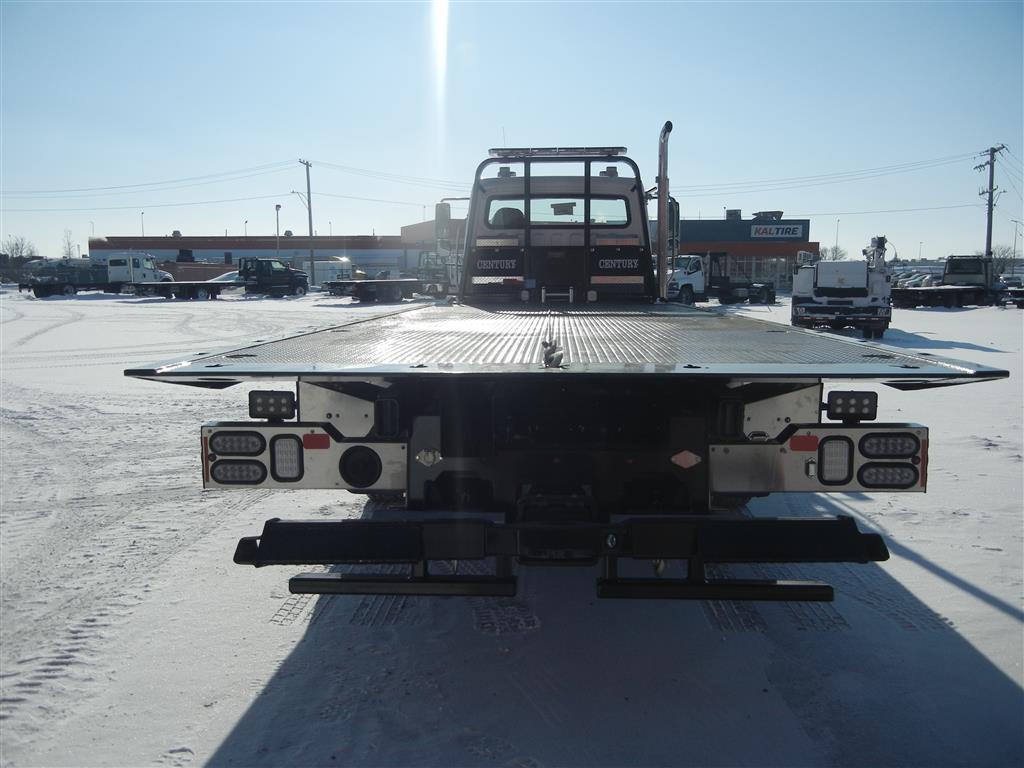 Miller Centure 16 Series Carrier on Freightliner M2 106